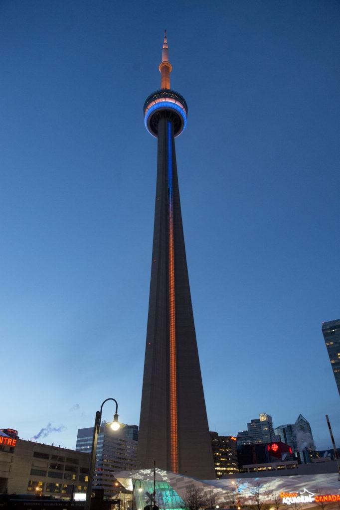 CN-tower-682x1024.jpg